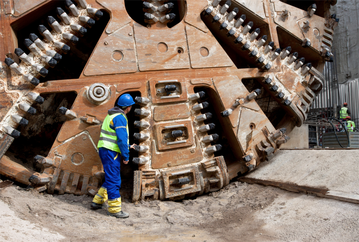 labour for the tunneling industry